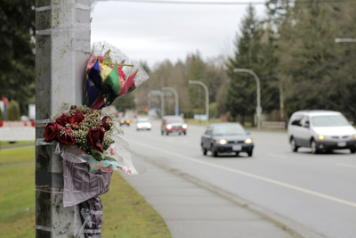 Appleton Fatal Car Accident Scene Flowers on Light Pole